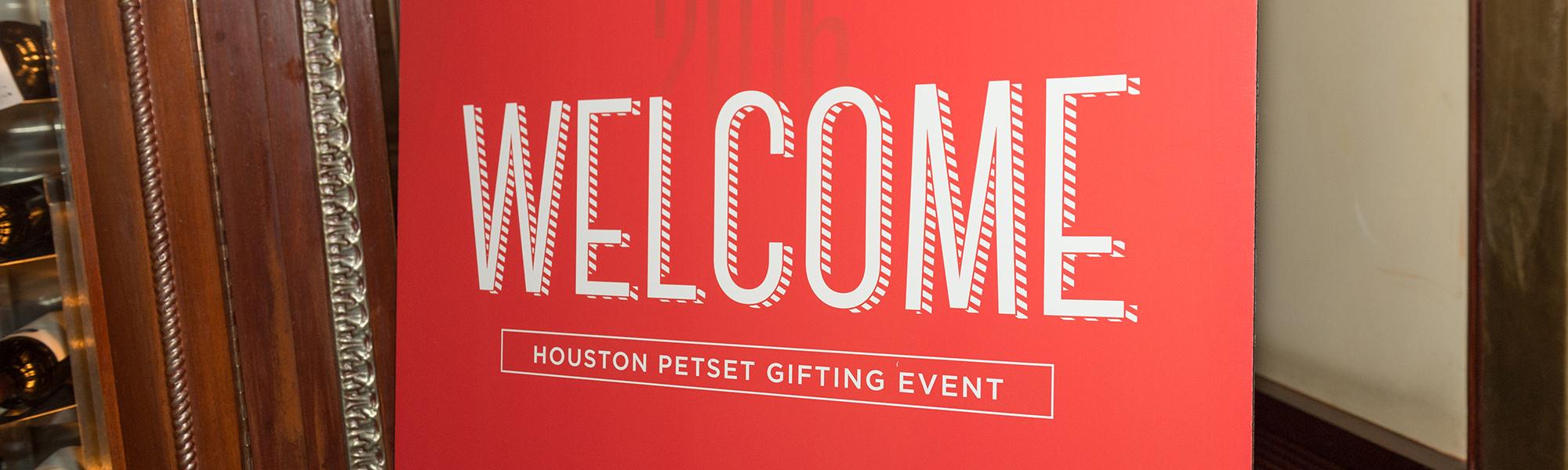 Houston Pet Set Featured Image